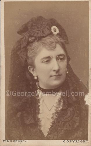 CDV Mrs Wombwell